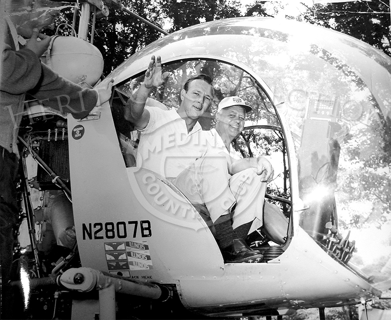 Thanks to helicopter pilot and Medinah Country Club member George Snyder, Arnold Palmer arrived at Medinah for the 59th Western Open in a style fit for a king. The tournament was held June 28-July 1, 1962. Jacky Cupit won the event, Palmer came in seventh place.