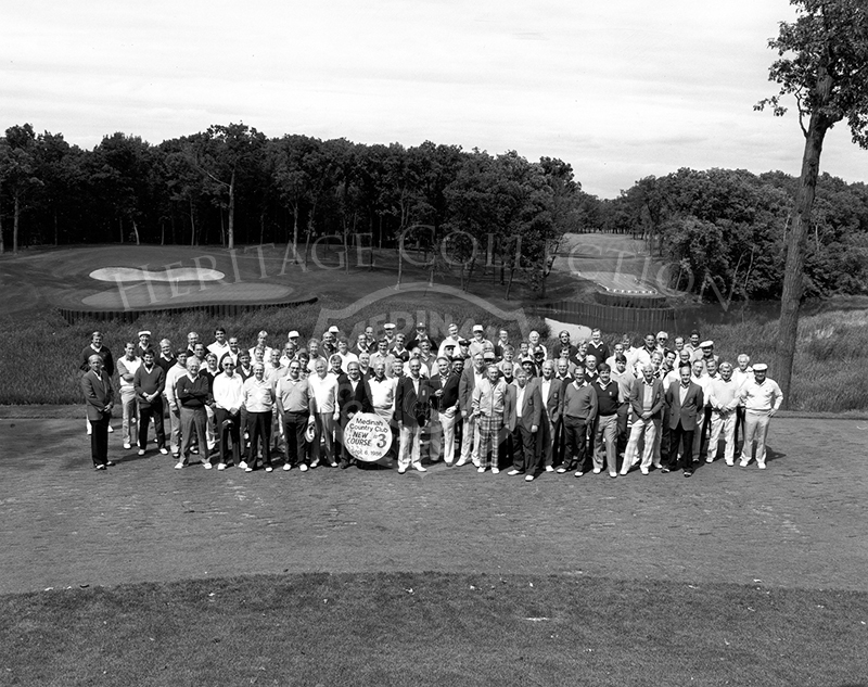 Medinah members attending the 1986 dedication ceremony of the new 17th & 18th hole on Course No. 3.