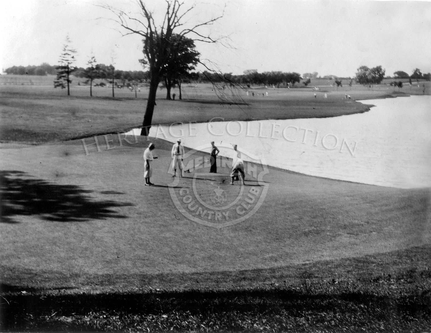 Golfers on 9th green Course No.1.