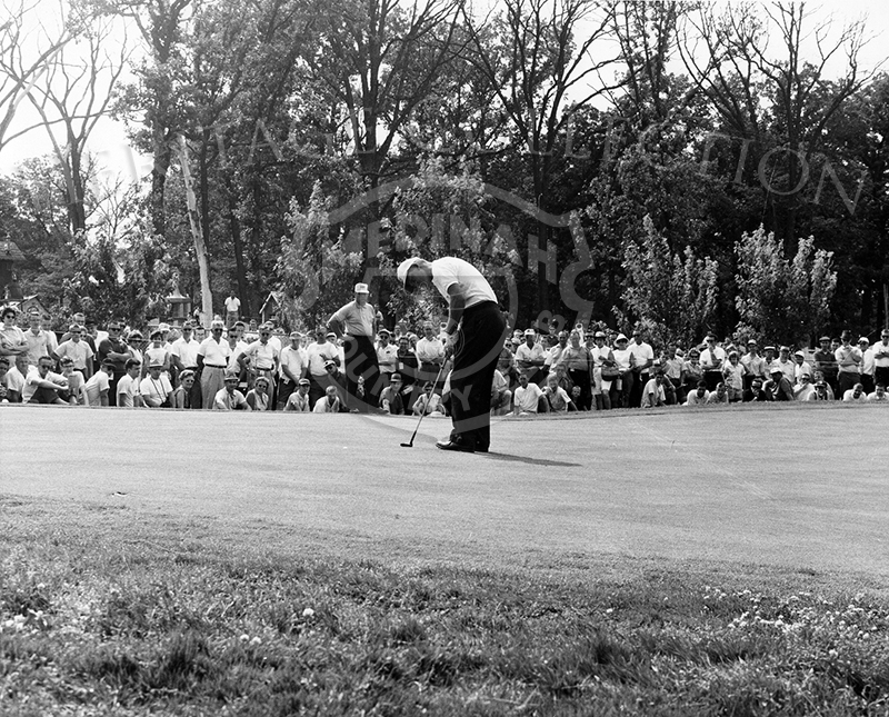 Jacky Cupit is seen putting his way to victory at the 59th Western Open in 1962. Cupit shot a 281 for the four rounds, which was three under par.