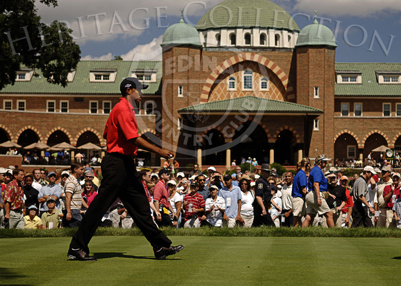 Tiger Woods walking off the first tee during round 4 of the 88th PGA Championship in Medinah, Illinois. Sunday, August 20, 2006. Photographer: Montana Pritchard