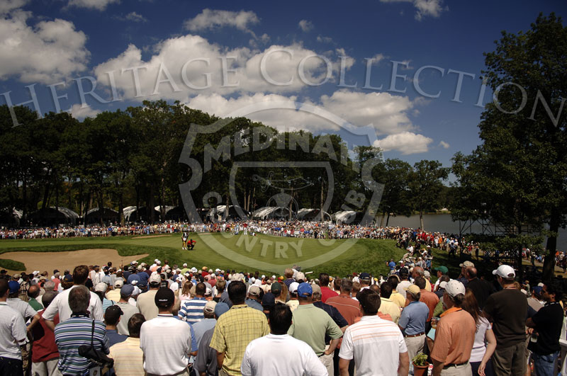 Tiger Woods reading his putt on No. 1 green during round 4 of the 88th PGA Championship in Medinah, Illinois. Sunday, August 20, 2006. Photographer: Montana Pritchard