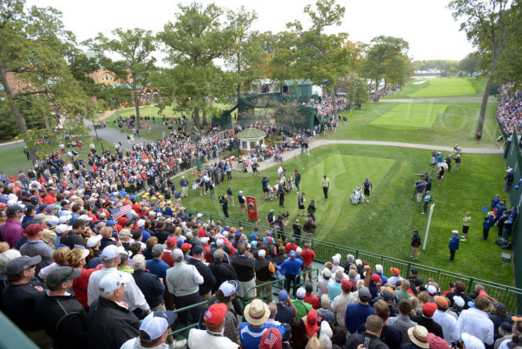 Crowd around the 1st tee as afternoon matches begin on Friday.