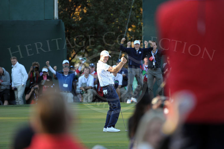 Kaymer's reaction to the winning putt of the 2012 Ryder Cup.